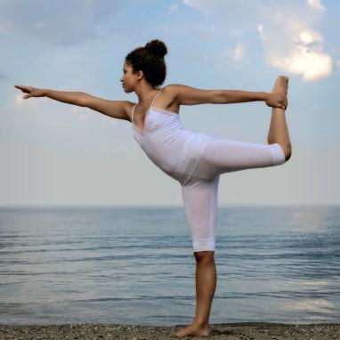 2-yoga-joana-kruse